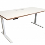 Riser Desk by Innerspace